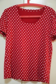 Burda 3197 spotty red rayon.